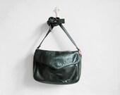 Vtg 90s forest green distressed leather mini messenger bag / minimal cross body bag - WhiteLightShop