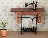 sewing Machine, sewing room , shabby chic - MiniaturesBelina
