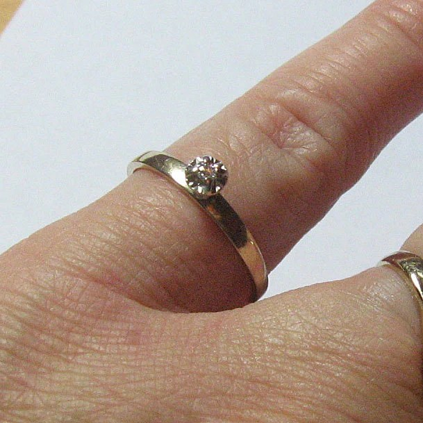 Vintage 1970s Diamond Engagement Ring In Solid 10k Yellow