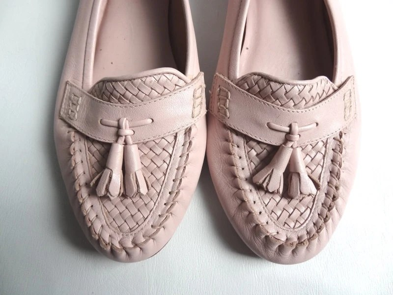 Light Pink Leather Loafers Bass Womens Size 7 - RainbowRetro