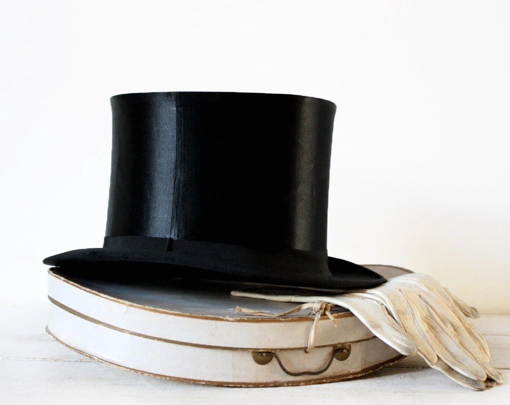 Gorgeous FRENCH Collapsible Silk OPERA Top HAT In Its Original