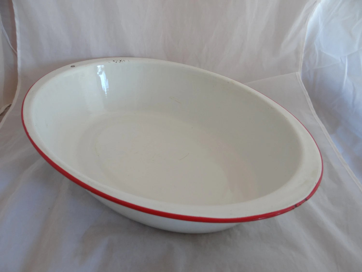 Vintage Large Enamel Porcelain Metal Wash Basin In White With