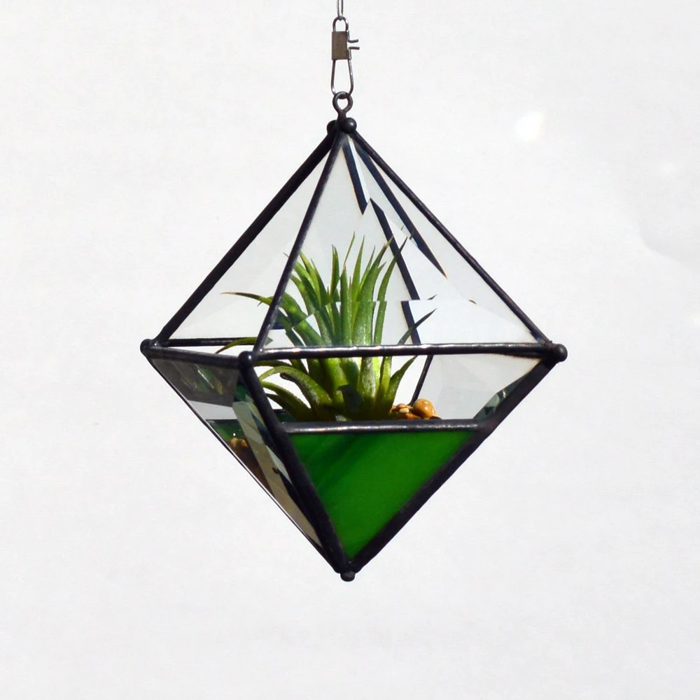 Pyramid Orb Air Plant Planter with Variegated Yellow-Green Accent. - OriskanyGlass