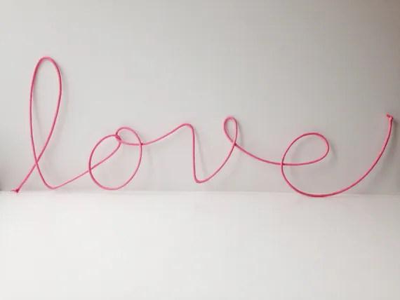 Cursive Word Pink