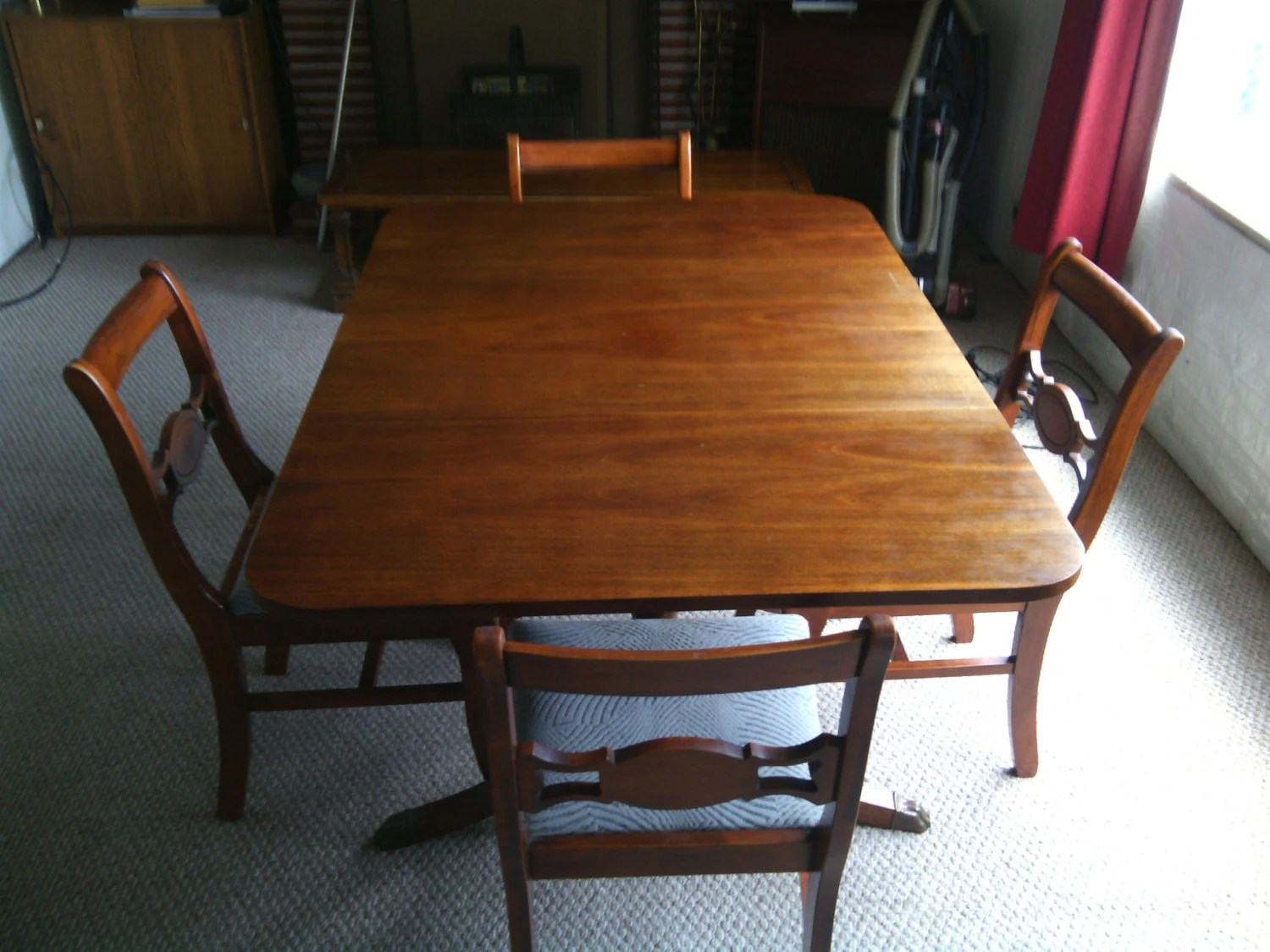 Antique Mahogany Drop Leaf Dining Table And 4 Chairs