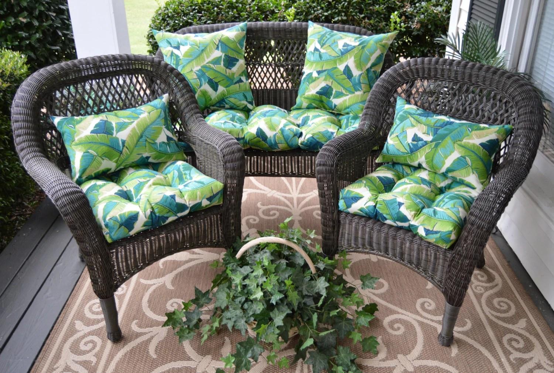 Wicker Cushion & Pillow 7 PC Set Elegant Tropical Fern Leaf