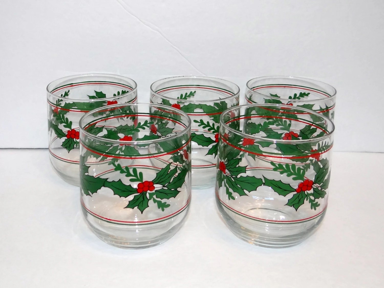 Christmas glassware set of 5 glasses haute juice for Holiday stemware