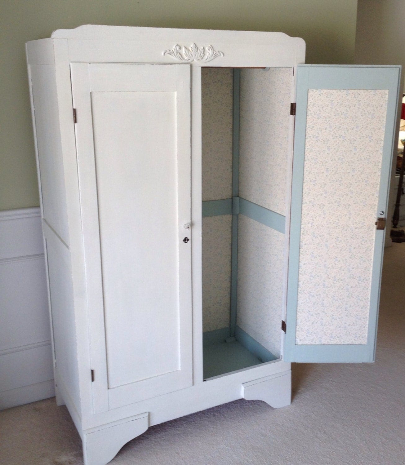vintage shabby chic white wardrobe armoire cabinet storage. Black Bedroom Furniture Sets. Home Design Ideas