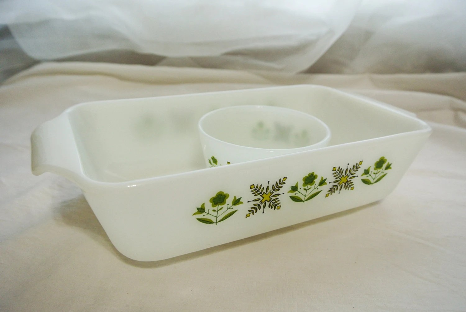 Vintage Bakeware Anchor Hocking Fire King Meadow Green