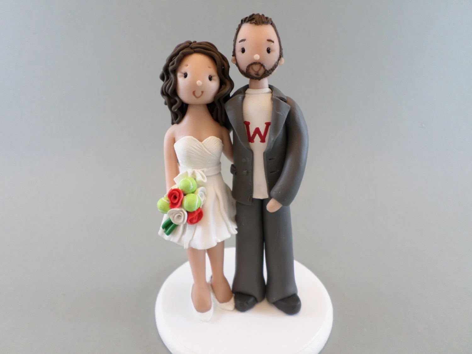 Customized Bride Amp Groom With A Fat Cat Wedding Cake By