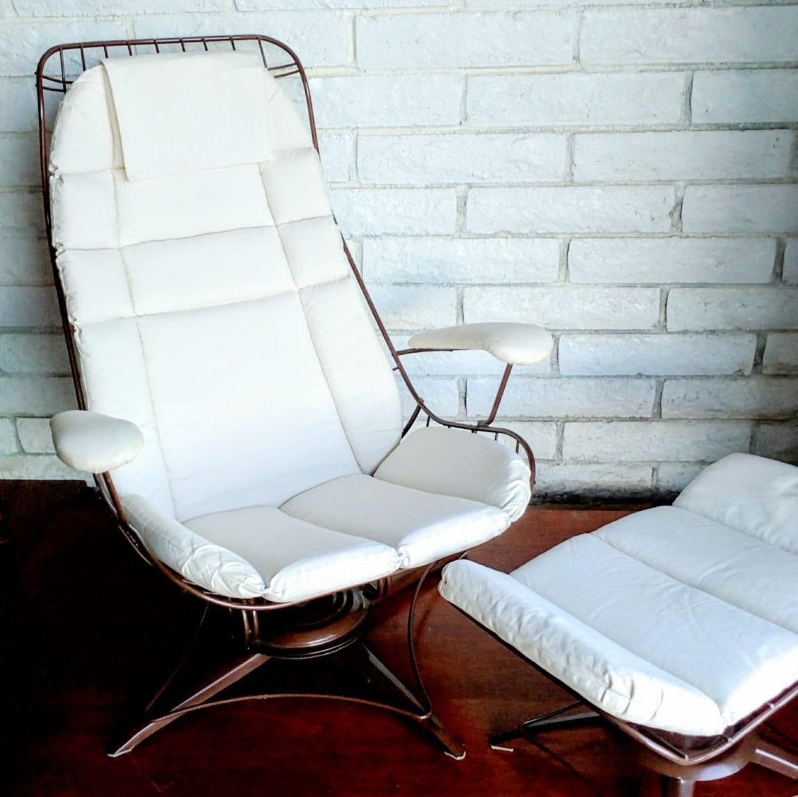 Vintage Mid Century Modern Homecrest Eames Era Metal Frame
