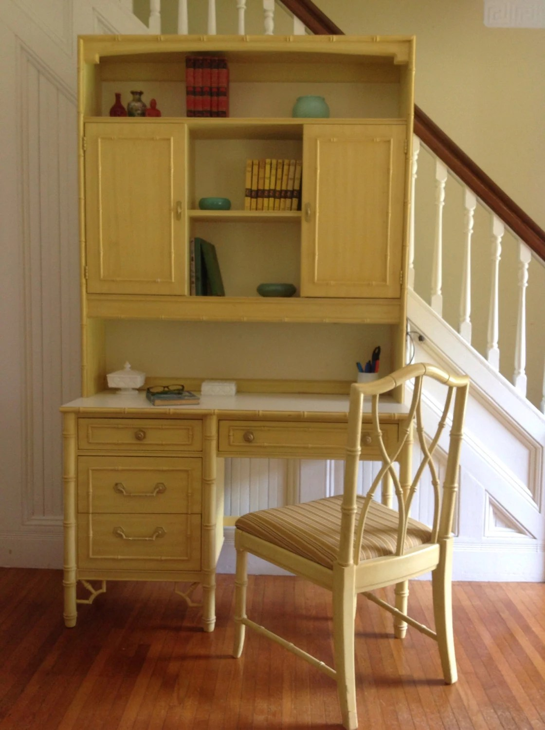 Bedroom Set With Armoire