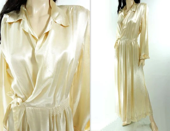 1940s Vintage Robe 40s Dressing Gown 40s Lingerie Champagne