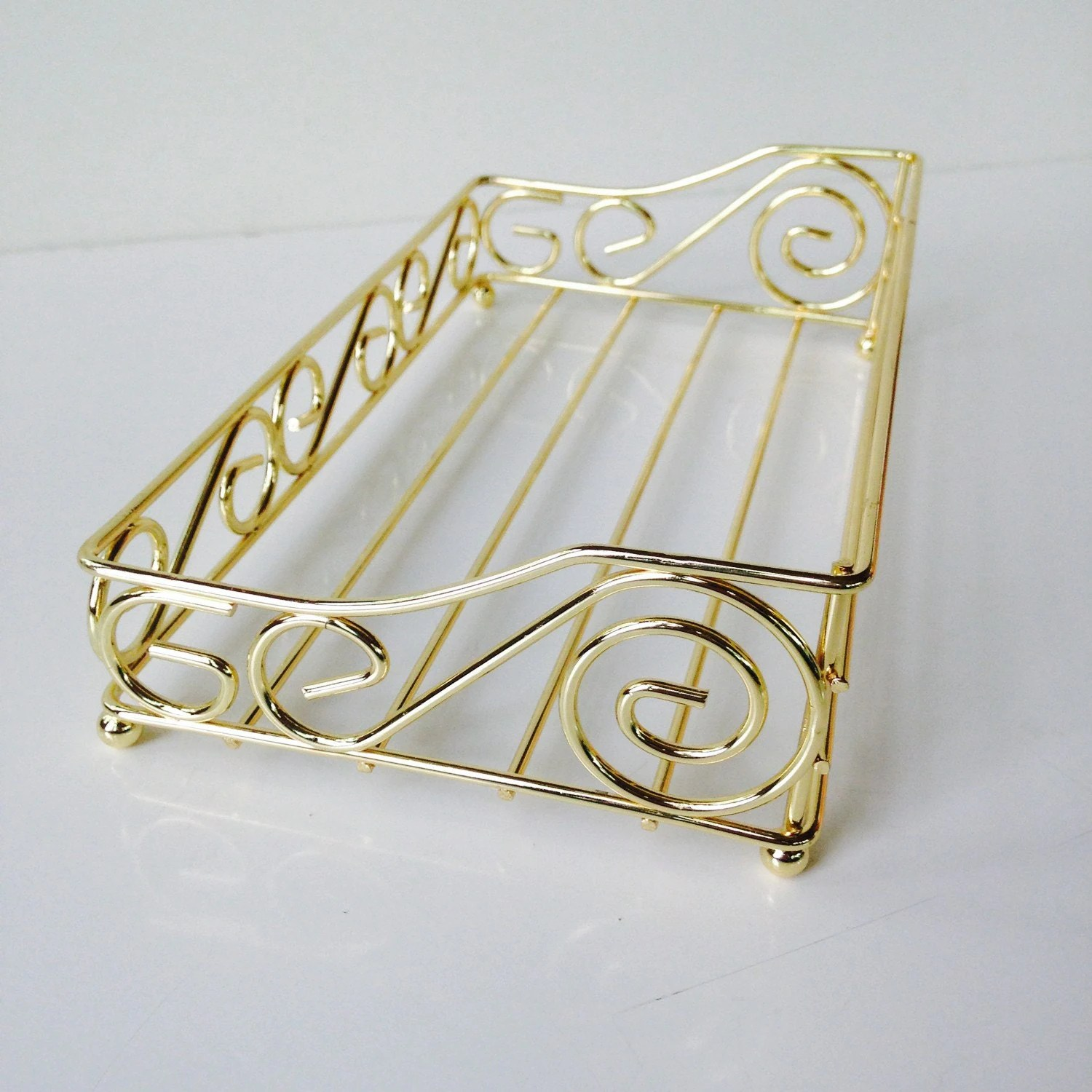 Hollywood regency gold towel powder bathroom napkin holder for Bathroom napkin holder