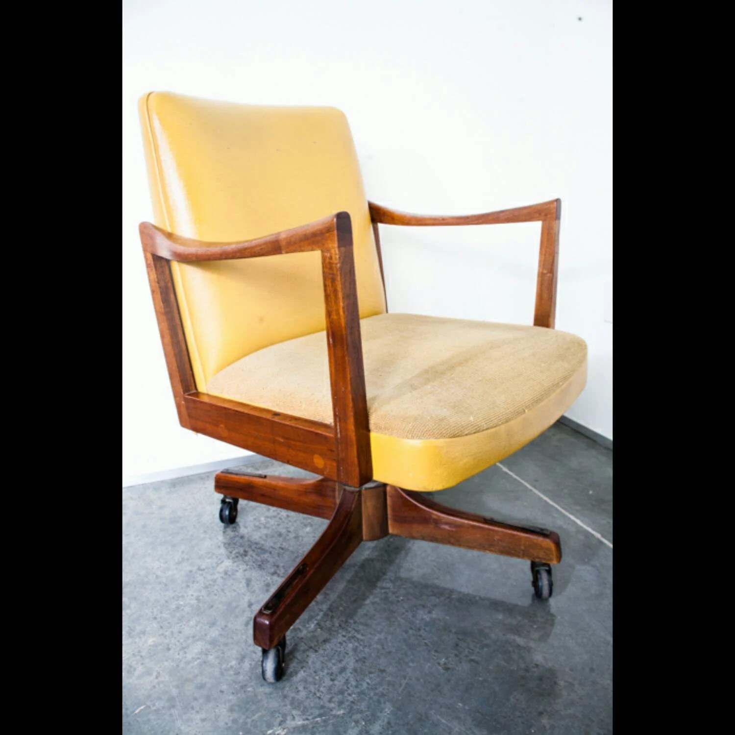 Mid Century Modern Office Chair Gunlocke Co Armchair Wood
