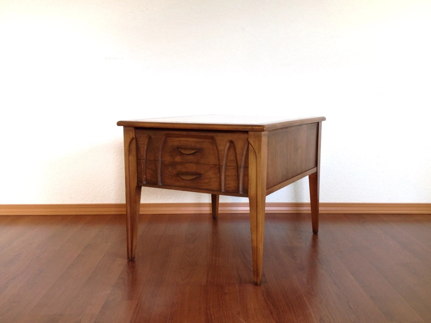 Vintage mid century modern marble top side table with for Retro modern furniture