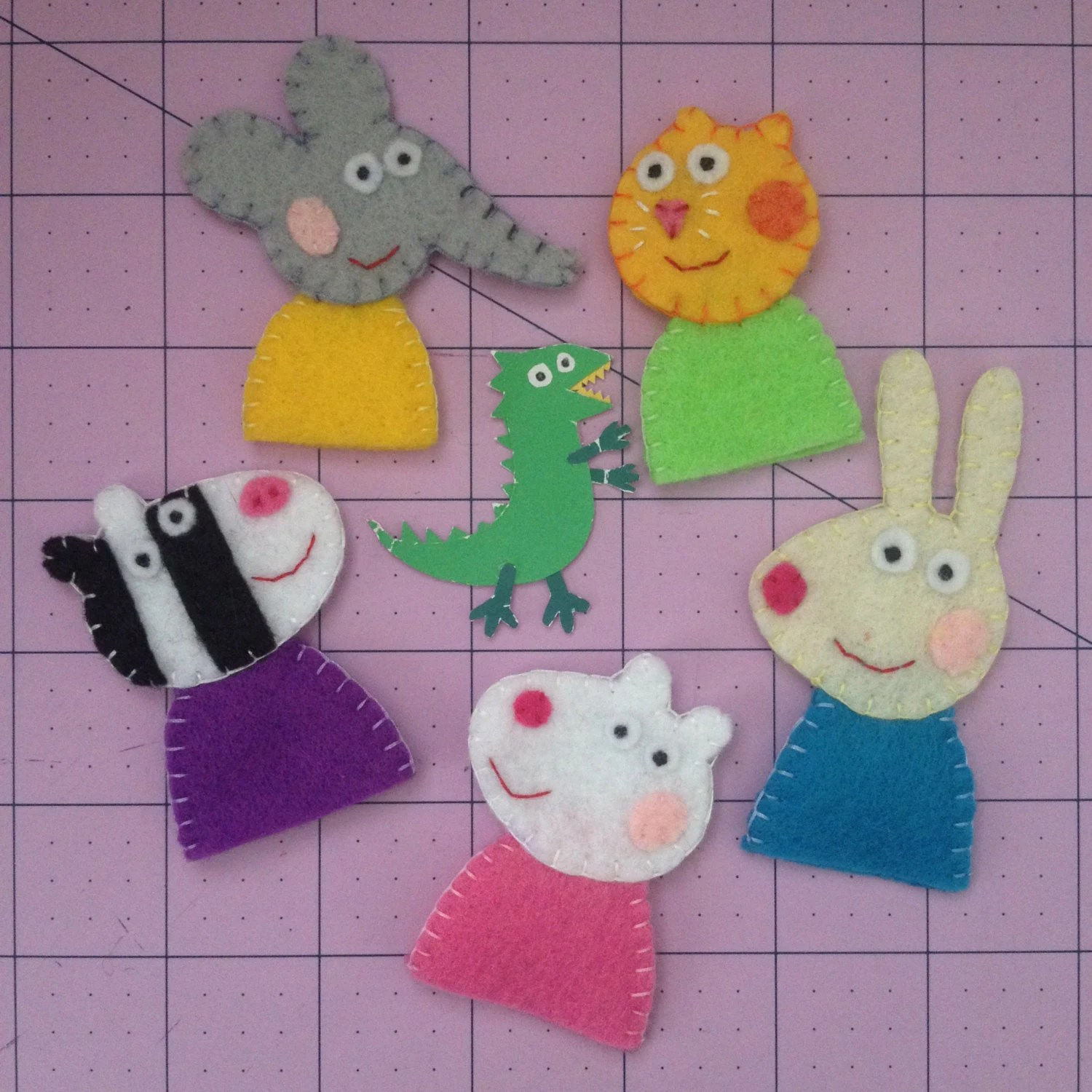 Peppa Pig Felt Finger Puppets Set Emily Elephant Candy Cat