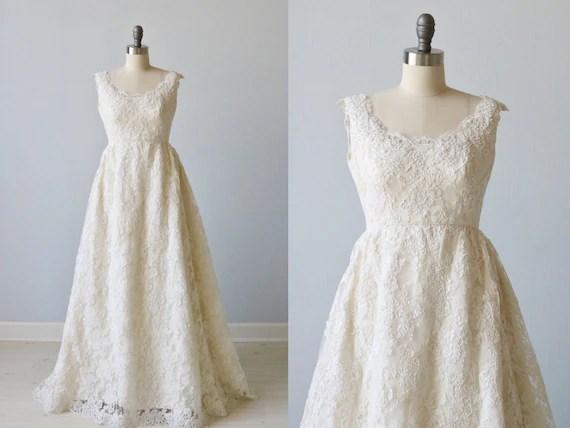 Vintage 1970s Lace Wedding Dress / Vintage 70s Wedding Gown