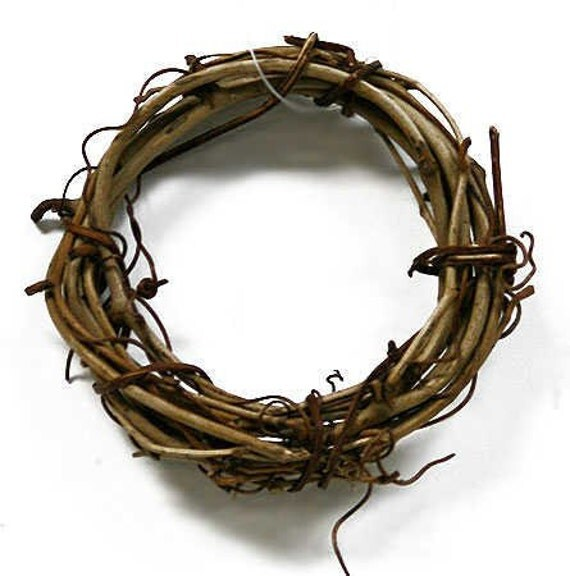 12 Grapevine Napkin Rings 3 Natural Miniature Wreaths