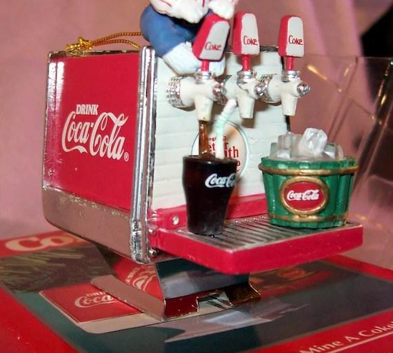 Cola Clip Bear Coca Art