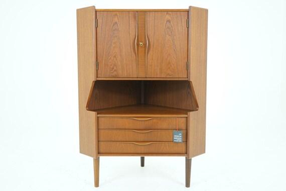 306-128 Danish Mid Century Modern Teak Corner Bar Cabinet