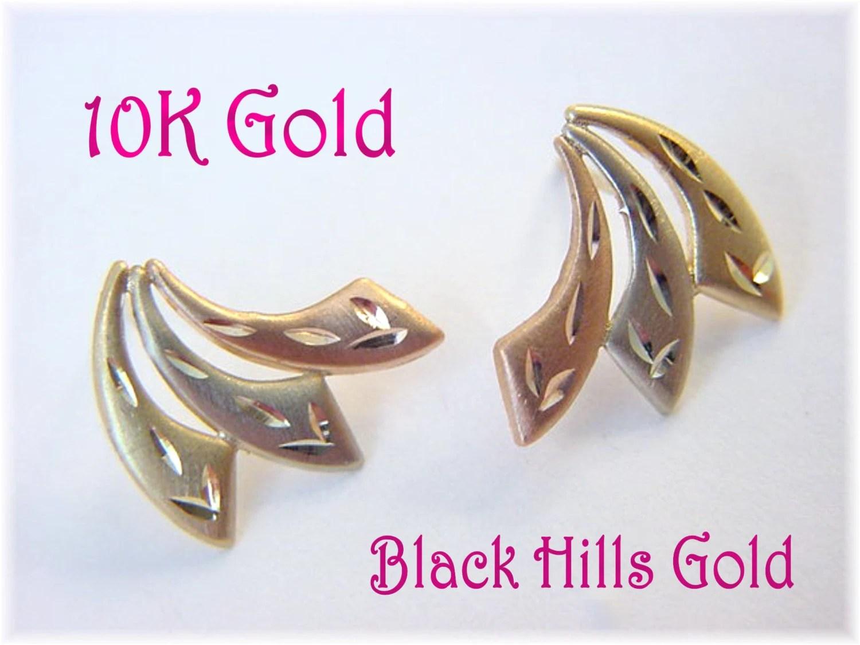 10K Gold Black Hills Gold Tri Color Leaf 12 Earrings