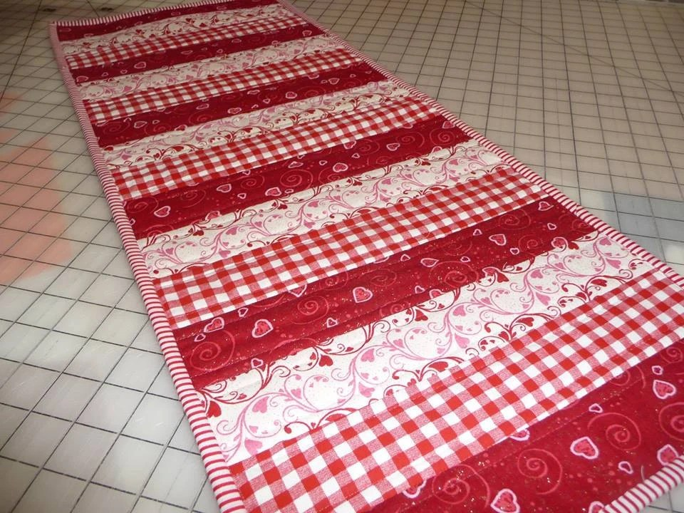 Quilted Table Runner Red And White Table Runner Red