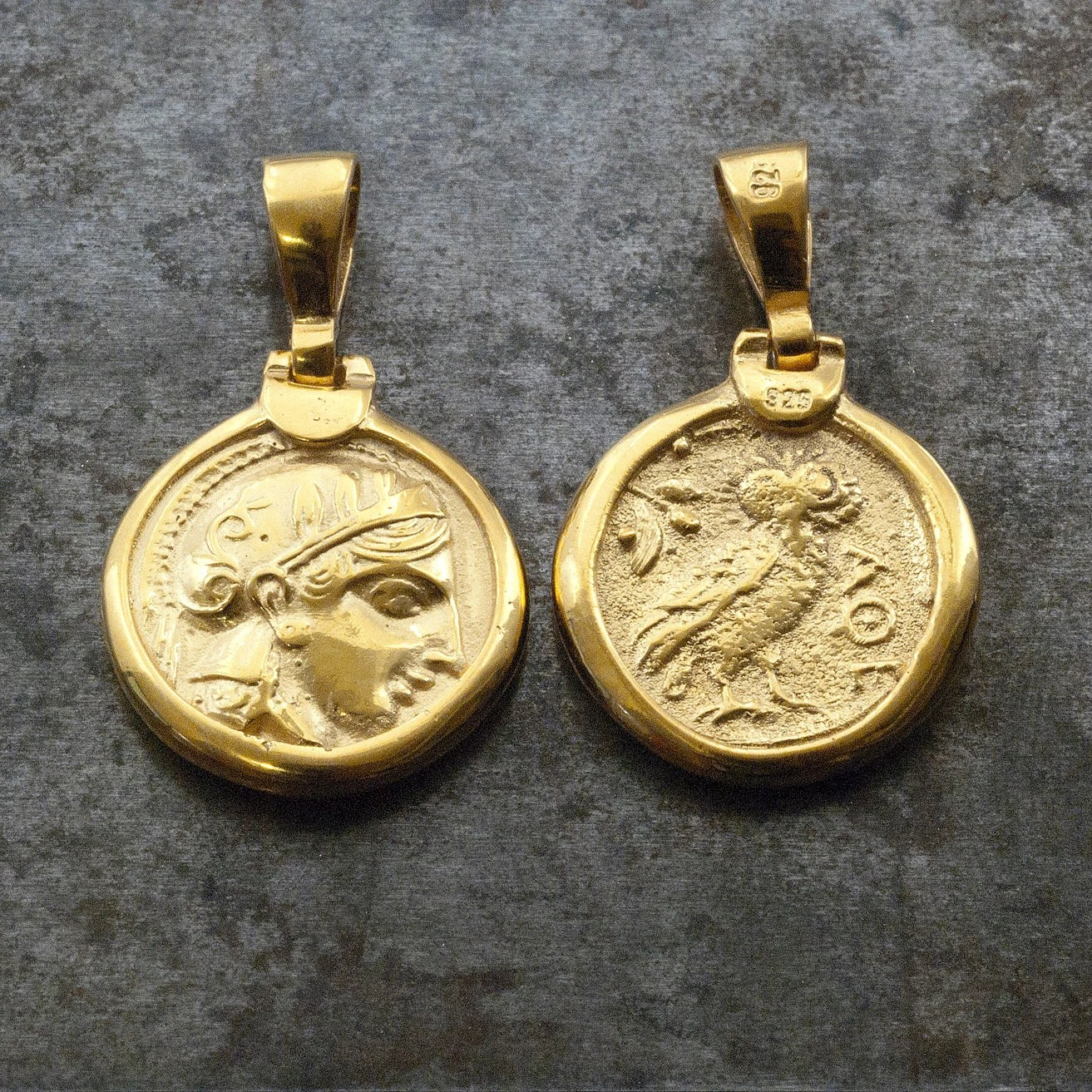 Karat Pendant 24 Ancient Gold