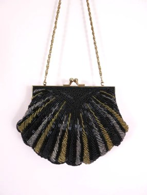 Le Regale Beaded Shell Clutch