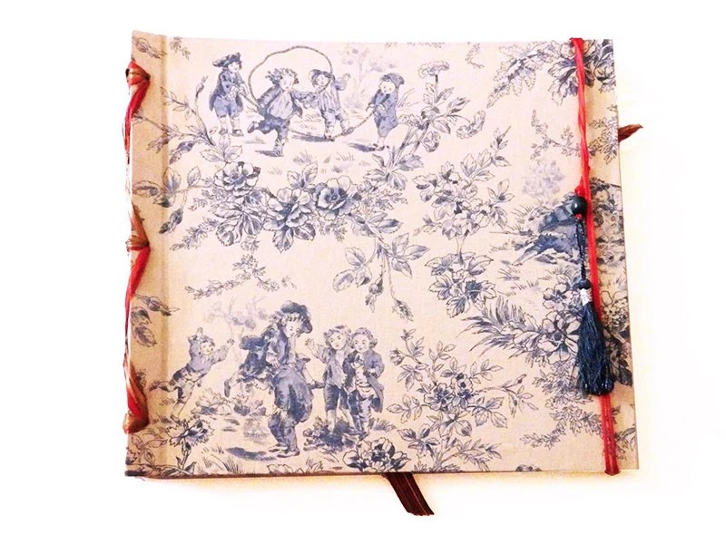 Photo album with French vintage fabric, kids playing, MADE BY ORDER