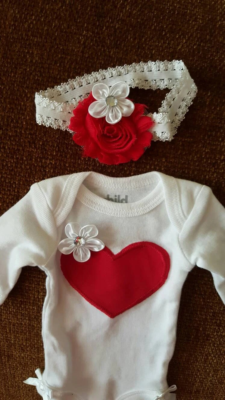PREEMIE 2 PiECES Take Home Outfit Hospital Pictures Red