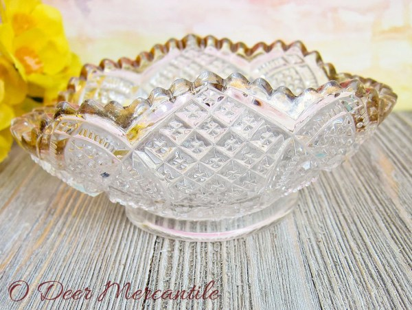Pressed Glass Oval Dish With Gold Trim: Candy Relish Nut Bowl Pattern Glass Sawtooth Gilded$12.00