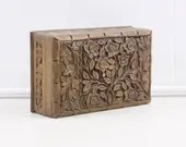 Wooden jewellery box, vin...