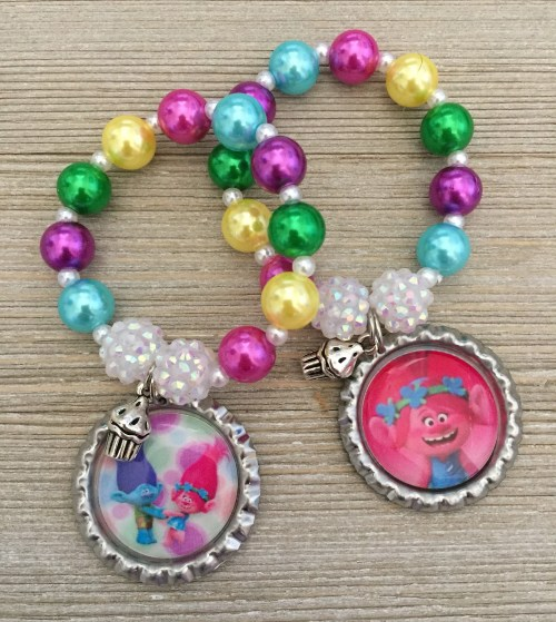 Trolls Party Favors, Trolls Poppy Bracelets Party Favors, Trolls Birthday, Trolls Cupcake time, Cupcake Bracelets, Cupcake Birthday