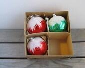 Vintage Christmas ornamen...