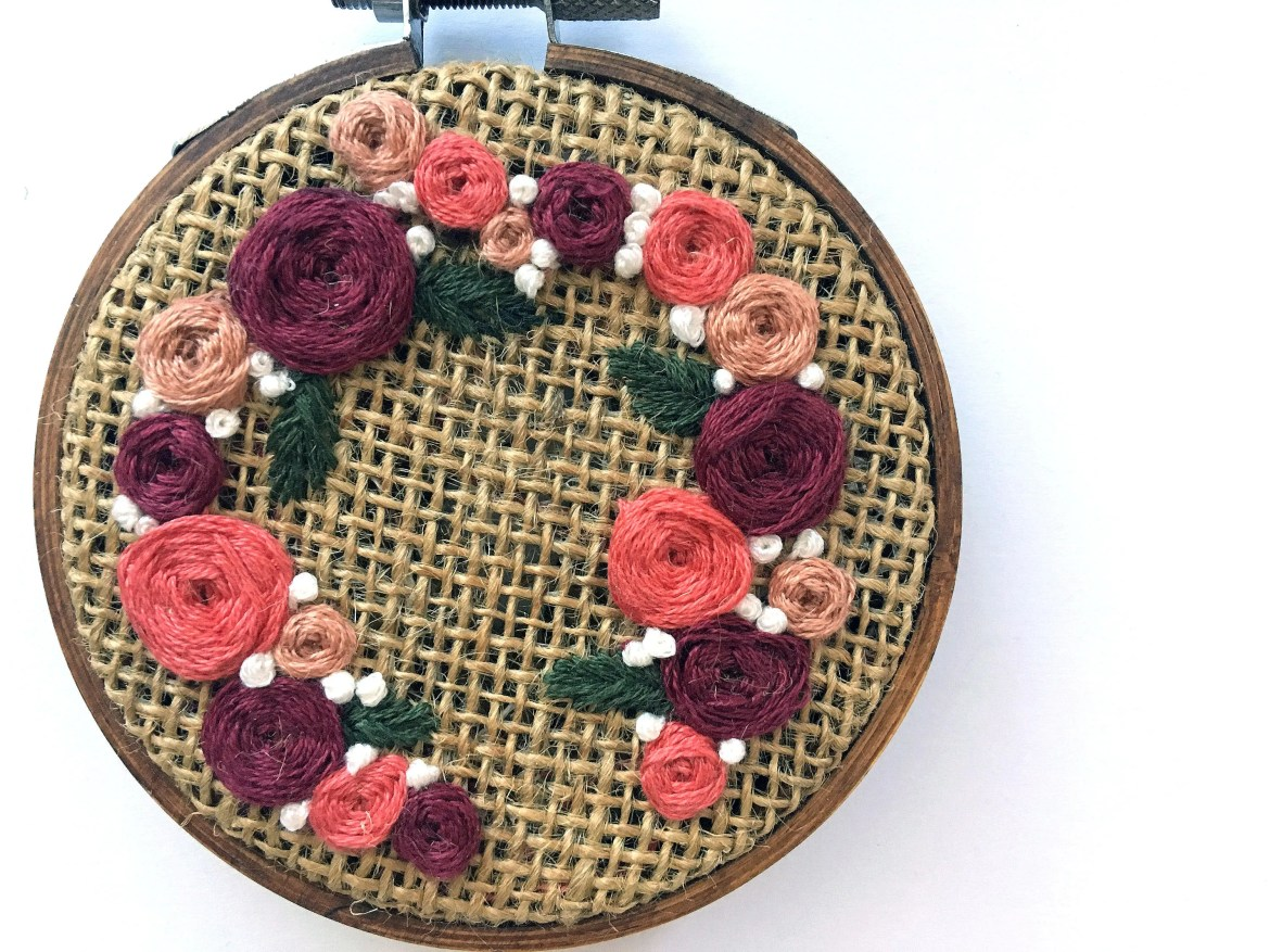 Peach Floral Wreath // Ha...