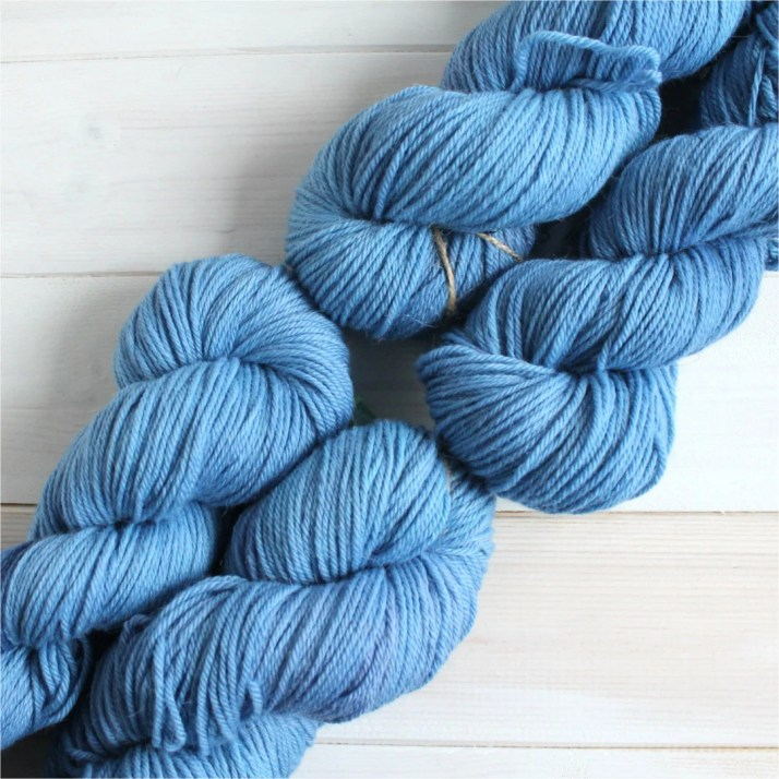 Hand dyed Tardis yarn - g...
