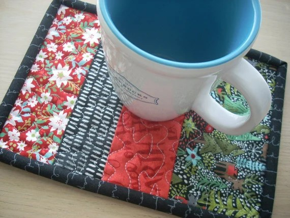 juniper berry in red and green mug rug - FREE SHIPPING