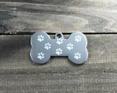 Pawprint pattern dog tag ...
