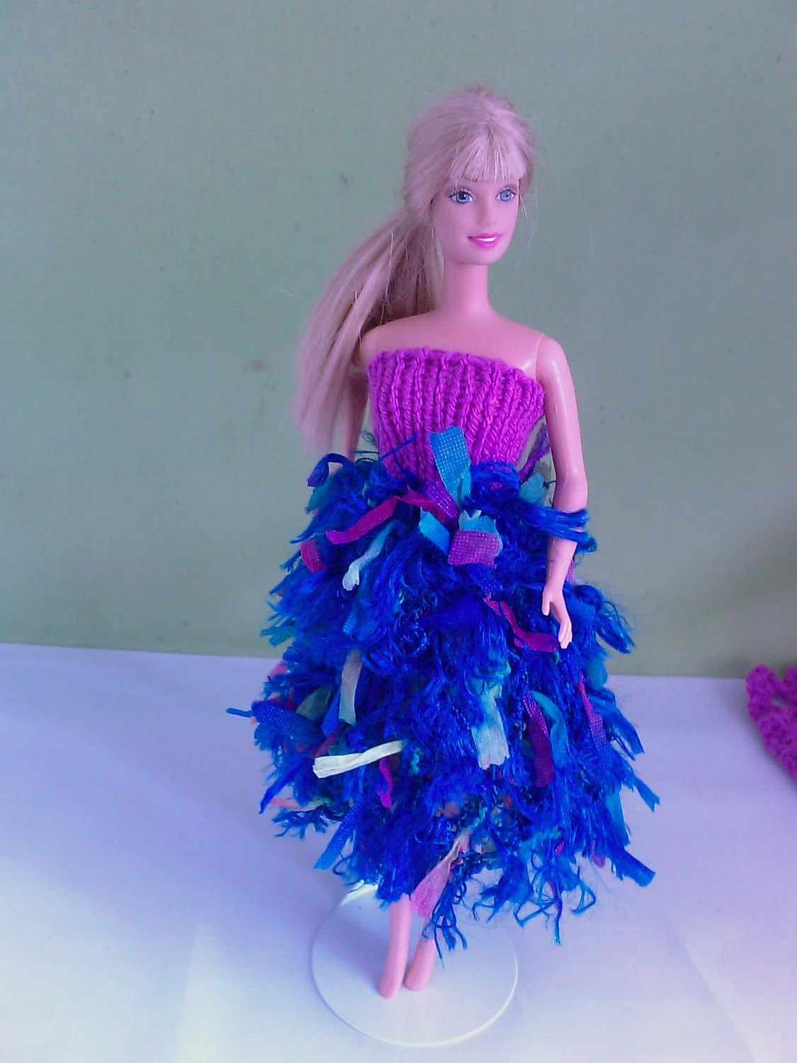 New handmade ROYAL WEDDING inspired individual design dress and hat- barbie/sindy dolls clothes           760  x  54
