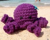Victoria the Octopus: Crocheted Octopus