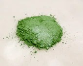 Eye Shadow  Shimmering Season of Green 5 grams