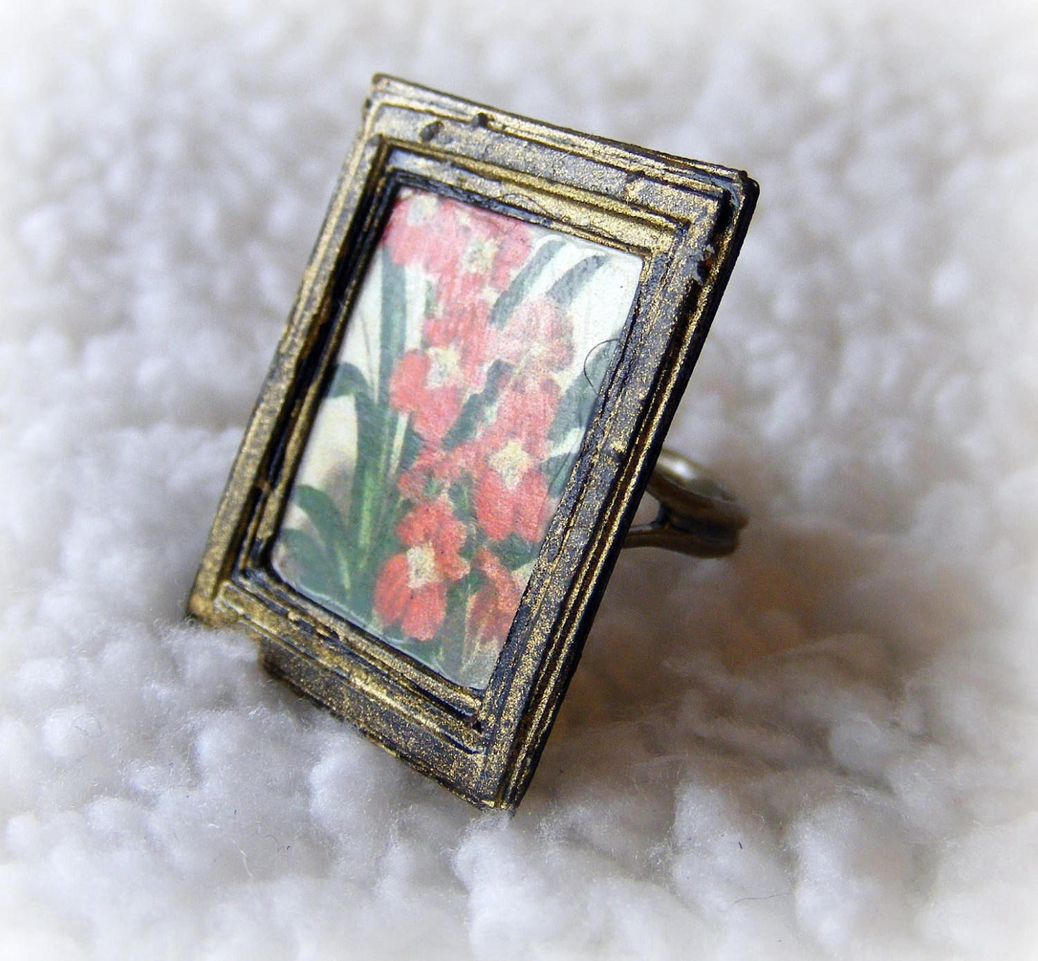 Ring Miniature Floral  Art Antique Bronze