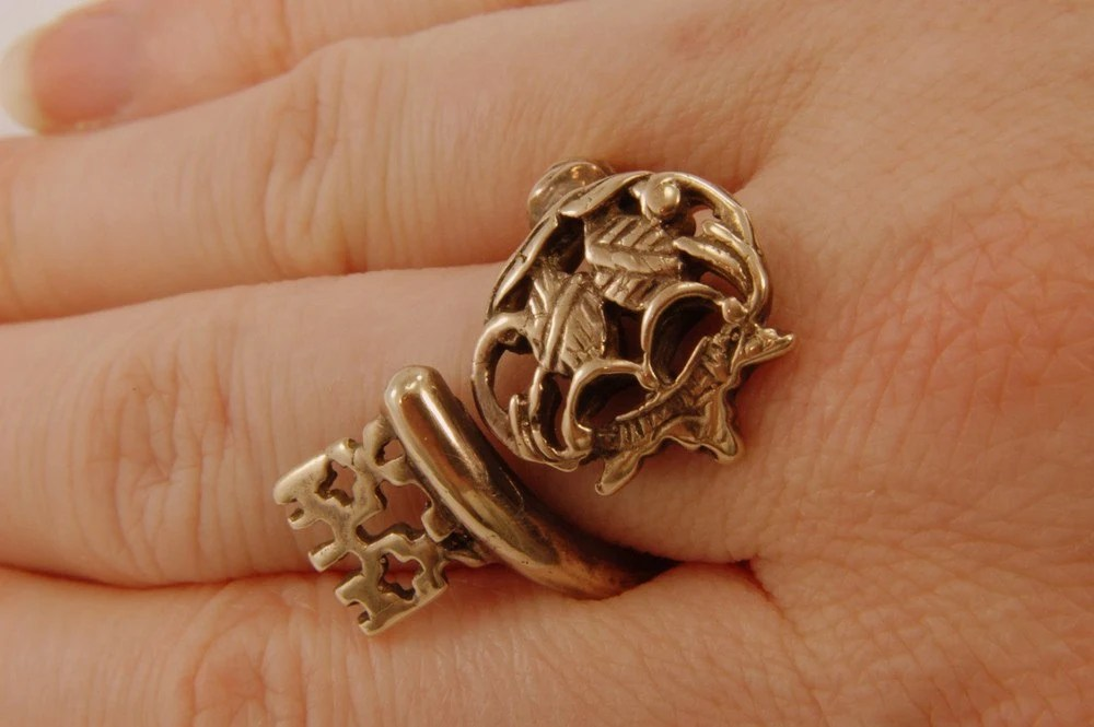 Skeleton Key Ring Bronze Adjustable Ring - Gwen DELICIOUS Jewelry Design