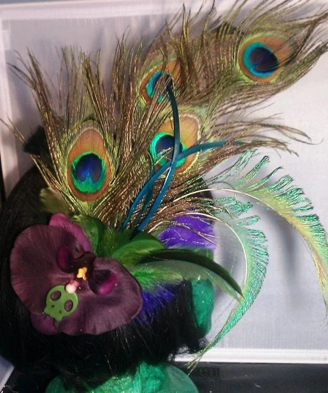 1920s Hollywood Dame, Peacock Feather, Skull, Mardi Gras, feather fascinator, OOAK
