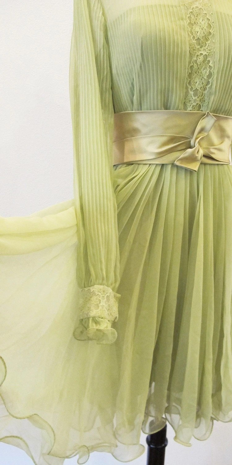60s dress / 1960s dress / 1960 dress / green chiffon dress / Miss Elliette / Garden Wedding