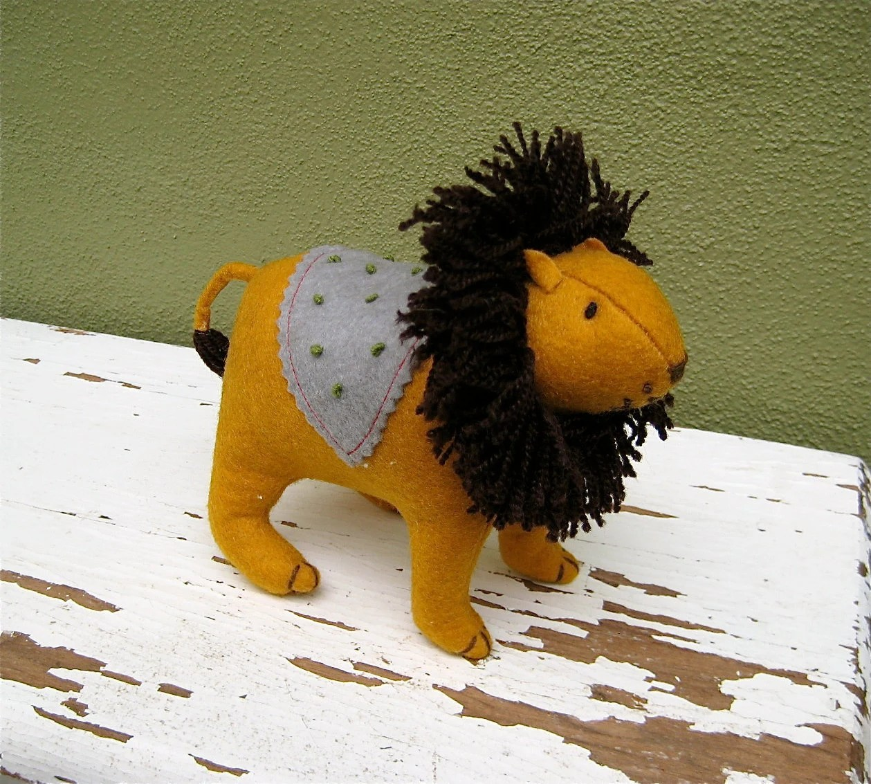 Adorable Mr. Lion made from Felt and yarn