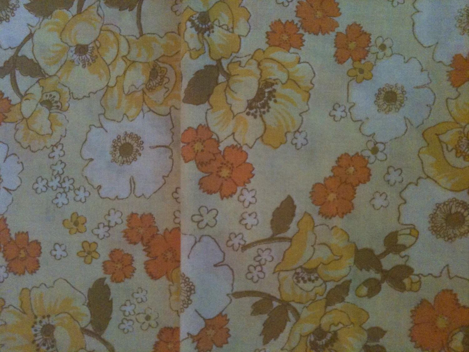 Set Of 2 Vintage Pillow Cases Standard Size or Project/sewing material retro