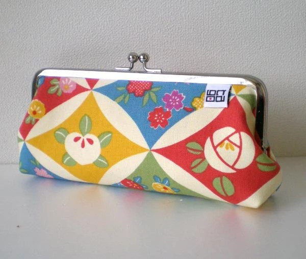 Tago glasses case