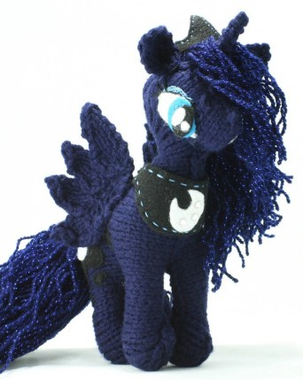 Luna - My Little Pony FIM Knitted Plush